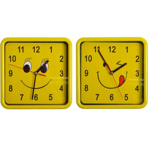 """Настенные часы 8882/Х2-37 """"Смайл квадрат"""" 21,5*21,5*4см"""